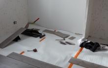 Pose parquet stratifié (pendant travaux)