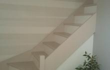 Escalier bois 2 tons et papier peint